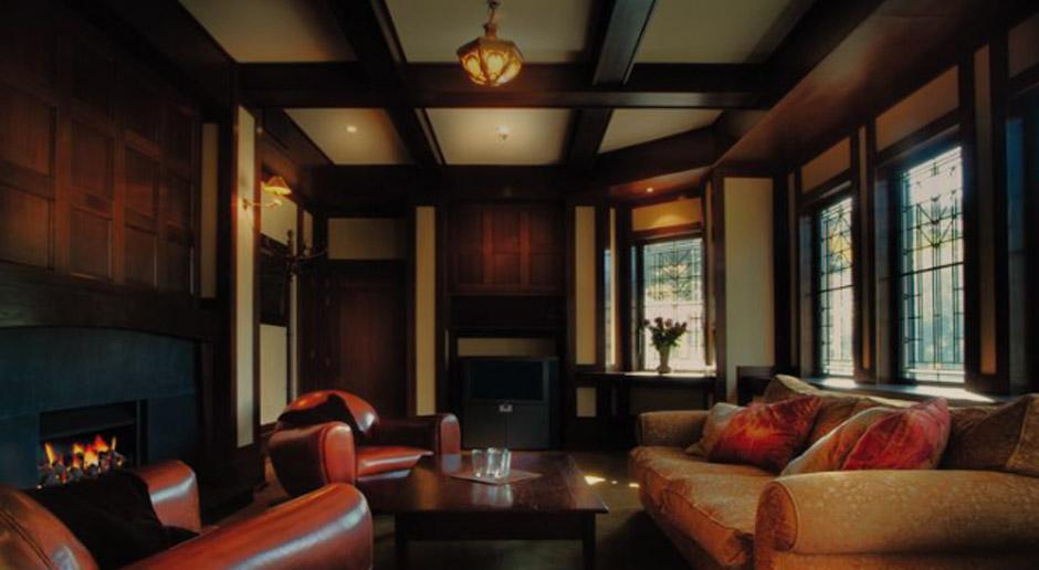 client-lounges
